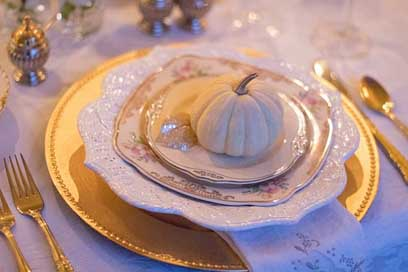 Holiday-Table  Thanksgiving-Table Table-Setting