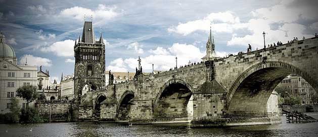 Charles-Bridge Historically Moldova Prague