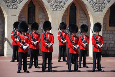 Changing-Of-The-Guards  Windsor-Castle Great-Britain