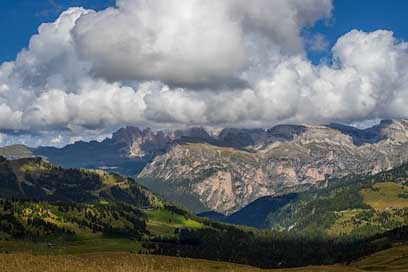 Clouds Mountain-Landscape Dolomites Mountains Picture