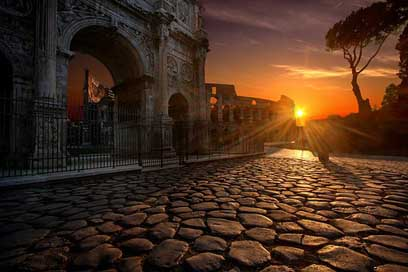 Arch-Of-Constantine Italy Rome Colosseum Picture