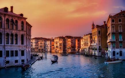 Venice City Boats Italy Picture